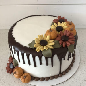 DESSERT – Edible Elegance – Pumpkin Spice Cake (Cream Cheese Filling)